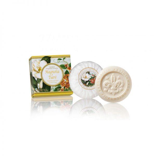 saponetta-rotonda-scolpita-giglio-a-rilievo-incartata-plisse-confezionata-in-scatoletta-cartone-essenza-magnolia-e-tiare